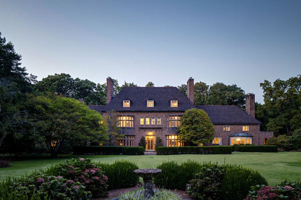Arden Manor